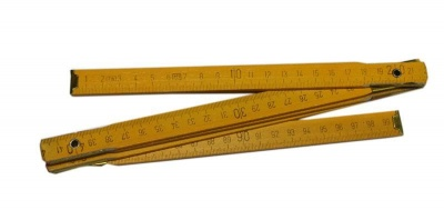 Дървен метър с дължина 1м.