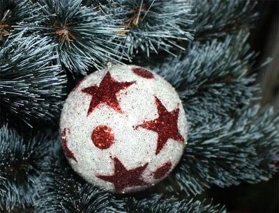 Коледни топки с звезди малки - 3 бр.