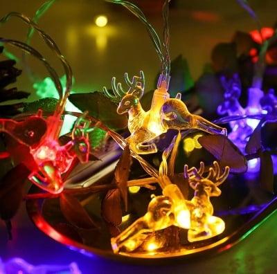 Коледни лампички Еленчета разноцветни