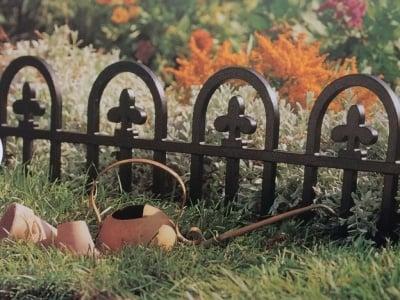 Декоративна ограда 2.4 м.