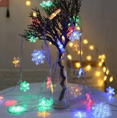Коледни лампички Снежинки разноцветна светлина