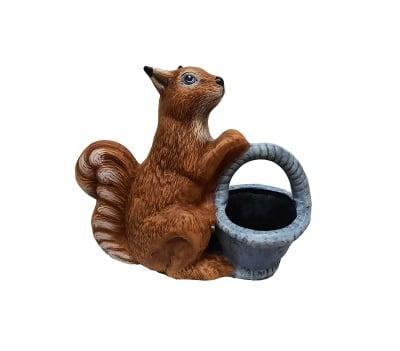 Керамична фигура Катерица с кашпа - кошница